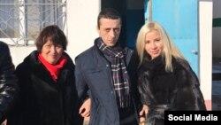 Hayser Cemilev anası Savinar ve apayı Reşide ile 25 noyabr 2016 senesi