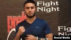 Таджикский боксер Мехрубон Сангинов