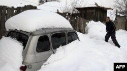Сильные снегопады обрушились и на Сербию.