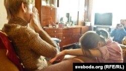 Любовь и Татьяна Ковалевы – мать и сестра Владислава Ковалева