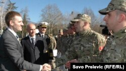 Premijer Igor Lukšić ispraća vojnike u Avganistan, 10. februar 2011