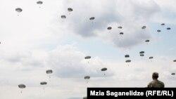Gürcüstanda hərbi təlimlər.