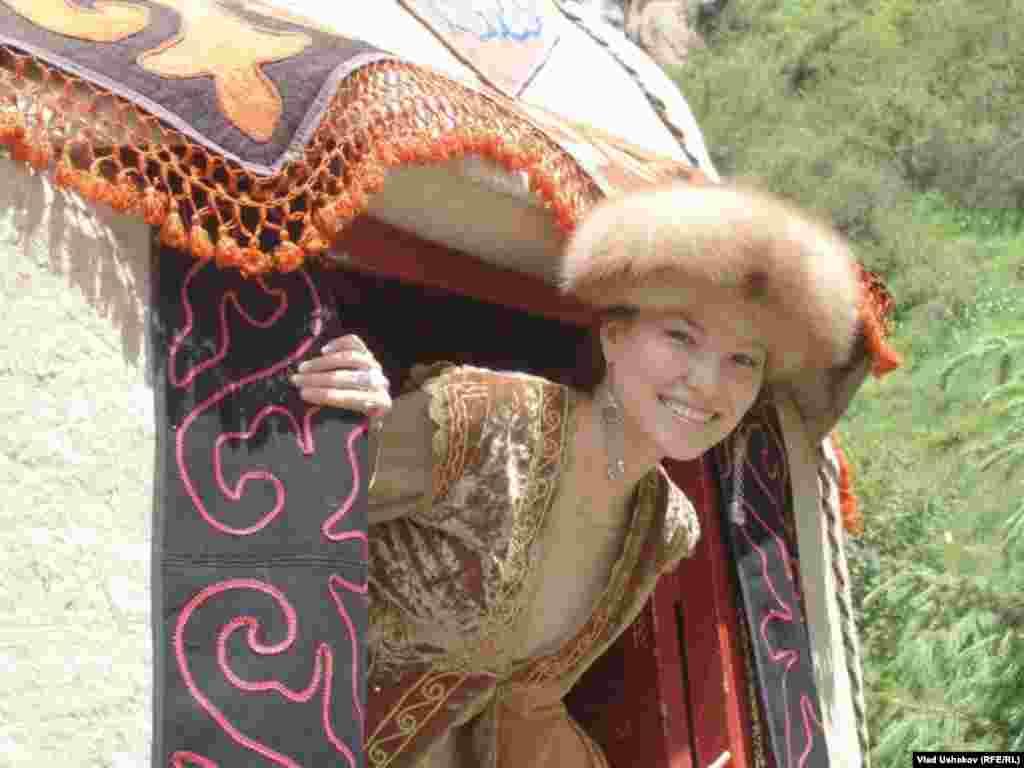 Кыргызская красавица.