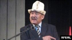 """Лидер оппозиционного движения """"Эл уну"""" (""""Глас народа"""") Азимбек Бекназаров"""