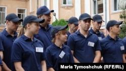 Міхеїл Саакашвілі разом із майбутніми поліцейськими
