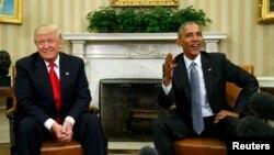 АҚШ президенті Барак Обама Ақ үйде жаңа сайланған президент Дональд Трамппен кездесіп отыр. Вашингтон, 10 қараша 2016 жыл.