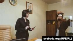 Ірына Марціновіч, старшыня Сьмілавіцкага сельвыканкаму, і Сулейман Рак