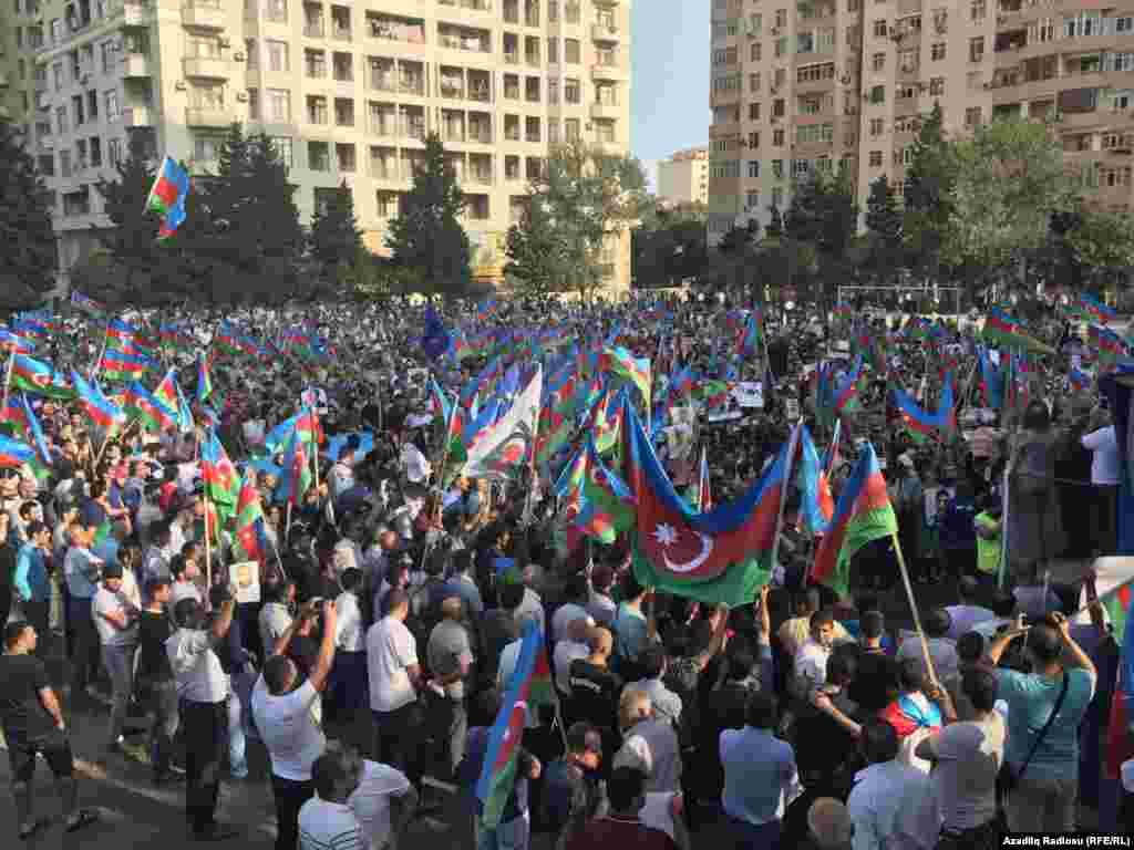 Milli Şuranın mitinqindən fotolar. 23.09.2017