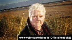 Şotland yazıçısı Val McDermid.