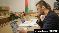 Антон Матолька на судовым пасяджэньні