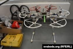 Самаробны дрон