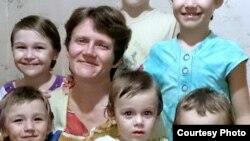 Светлана Давыдова с детьми