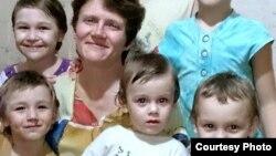 Світлана Давидова з дітьми