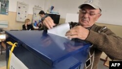 Nearly 3.4 million voters are eligible to vote in Bosnia's upcoming local elections. (file photo)