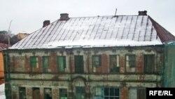 Гэты дом па Віленскай вуліцы ўцэнтры Магілёва без гаспадара два дзясяткі гадоў