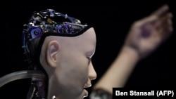 Inteligența artificială și oamenii... cine controlează pe cine?