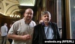 Рычард Глін Робэртс і Ян Максімюк у гасьцях у мэра Глазга, 6 чэрвеня 2016