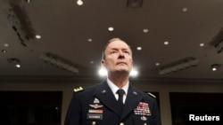 Sh.B.A. – Gjenerali Keith Alexander, komandant i Komandës Kibernetike të Amerikës, drejtor i Agjencisë Kombëtare të Sigurisë (NSA), 18Qershor2013
