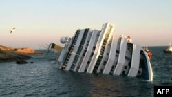 Italy -- Costa Concordia after the cruise ship with more than 4,000 people on board ran aground and keeled over off the Isola del Giglio, 14Jan2012