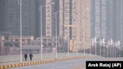 Hubeý welaýatynyň merkezi Wuhan şäheri. 28-nji ýanwar, 2020 ý.