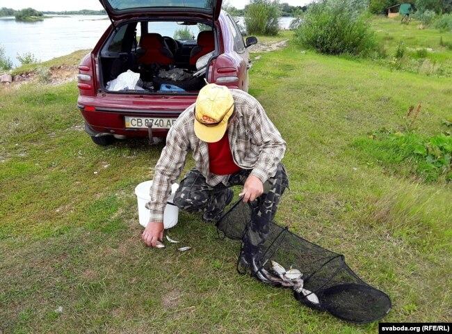 Мясцовыя скардзяцца, што рыба ў Дняпры перавялася