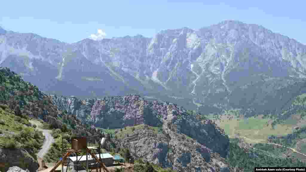 Деңиз деңгээлинен 2200 метр бийиктеги Ак-Терек кени
