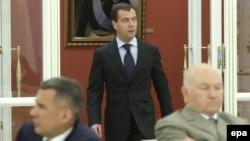 Главный вопрос ближайшей недели: кем вернется Лужков из отпуска