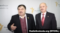 Василь Квашук (п) і Володимир Бондаренко