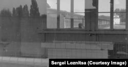 "Кадр из фильма ""Аустерлиц"""