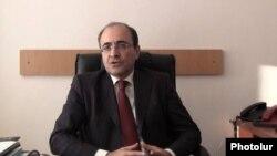 Armenia -- Former Finance Minister Edward Sandoyan is interviewed by RFE/RL Armenian Service, 13 November 2013