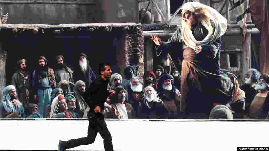 تبلیغات شهری فیلم سینمایی محمد رسولالله در تهران