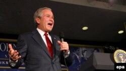 Президент США Джордж Буш пообещал принять меры для того, чтобы Сомали не превратилась в убежище для «Аль-Каиды»