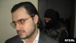 Moldova - Gabriel Stati's trial at the Court of Appeal, 24April2009 (1)