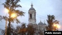 На питерский Князь-Владимирский собор новые постройки могут бросить тень. В буквальном смысле