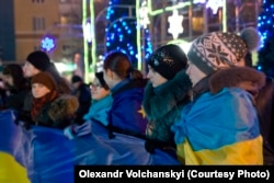 """Участники Евромайдана, декабрь 2013 года. По мнению российской пропаганды, в действительности это инструменты """"заговора западных элит"""""""
