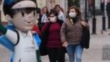 Tatarstan -- Kazan -- covid19 coronavirus people in masks -- 30Mar2020