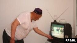 Ўзбекистонликлар томоша қиладиган нодавлат телеканаллардан яна бирининг фаолияти тўхтатилди