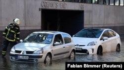 Затопленные улицы Гамбурга, Германия, 29 октября 2017 год