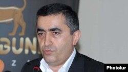 ՀՅԴ Գերագույն մարմնի ներկայացուցիչ Արմեն Ռուստամյանը: