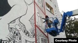 Італьянец Millo працуе над «Everywhere I go»