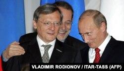 Канцлер Австрії Вольфганг Шюссель (ліворуч) і президент Росії Володимир Путін. Сочі, 25 травня 2006 року