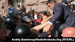 Депутати прорвались у Київраду