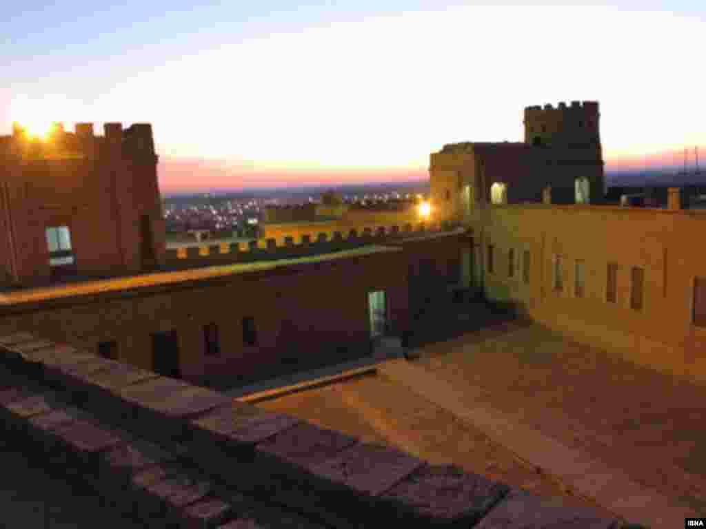 شوش - استان خوزستان. تاریخ ثبت: ۲۰۱۵  این شهر باستانی از قدیمیترین سکونتگاههای شناخته شده جهان است و قدمت آن را حدود ۶۰۰۰ سال تخمین میزنند.