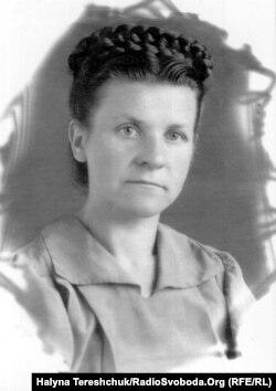 Олена Андрущак