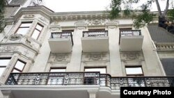 Azərbaycan Yazıçılar Birliyinin binası