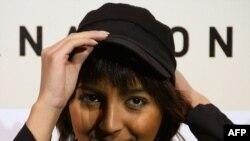 حنا مخملباف؛ کارگردان «روزهای سبز»