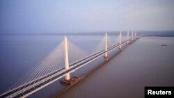 Мост во провинцијаат Жеџијанг
