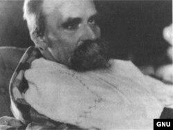 Friedrich Nietzsche ölümünə 1 il qalmış...