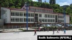 Škola u Srebrenici