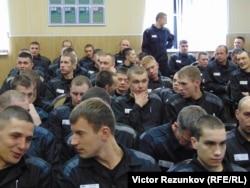 """Заключенные """"Крестов"""" на сеансе фестиваля """"Послание к человеку"""""""